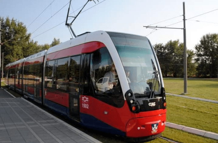 Read more about the article Minister Eamon Ryan addresses Galway Very Light Rail Webinar tonight to discuss the potential of a feasibility study of light rail for Galway